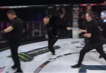 VIDEO. Conor Mcgregor a intrat în octogonul Bellator după o luptă, l-a împins pe arbitru și a plesnit un membru din staff!