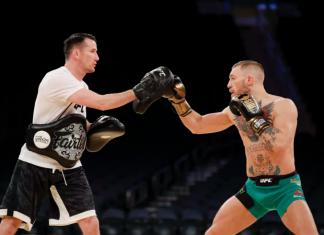 """Owen Roddy, antrenorul lui Conor McGregor, a declarat că deja """"se construiește lupta cu Khabib Nurmagomedov"""""""