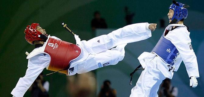 (VIDEO) Un 720 KO din Taekwondo cum nu ai mai văzut!